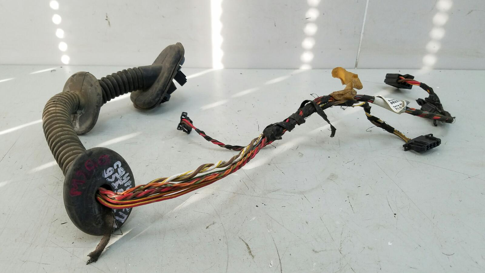 Проводка шлейф коса двери Porshe Cayenne 955 BMV M02.2Y 3.2Л 2005 передняя левая