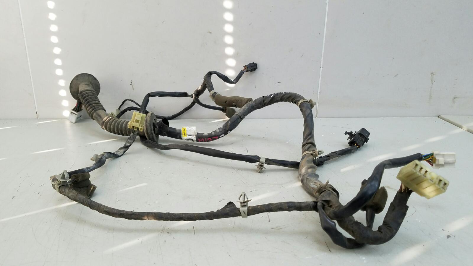 Проводка шлейф коса двери Hyundai Sonata 2 Y3 G4EP 1998