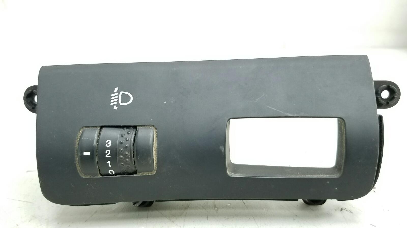 Кнопка регулировки наклона фар Kia Ceed ED G4FA 2008