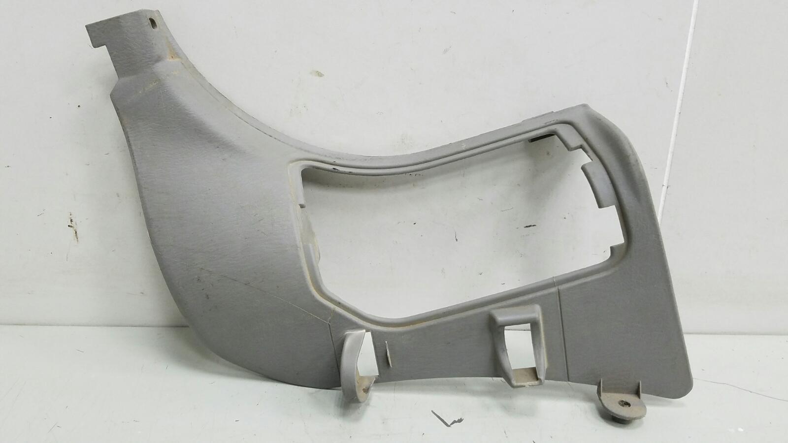 Накладка порога внутренняя передняя часть Mazda Mpv 2 JP FS 2003