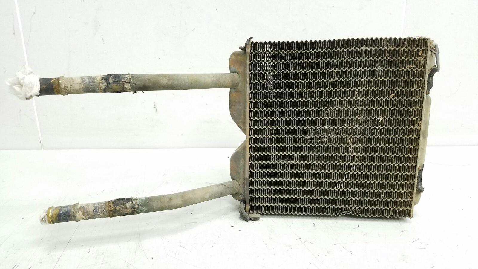 Радиатор печки Mitsubishi Carisma DAA 4G92 2000