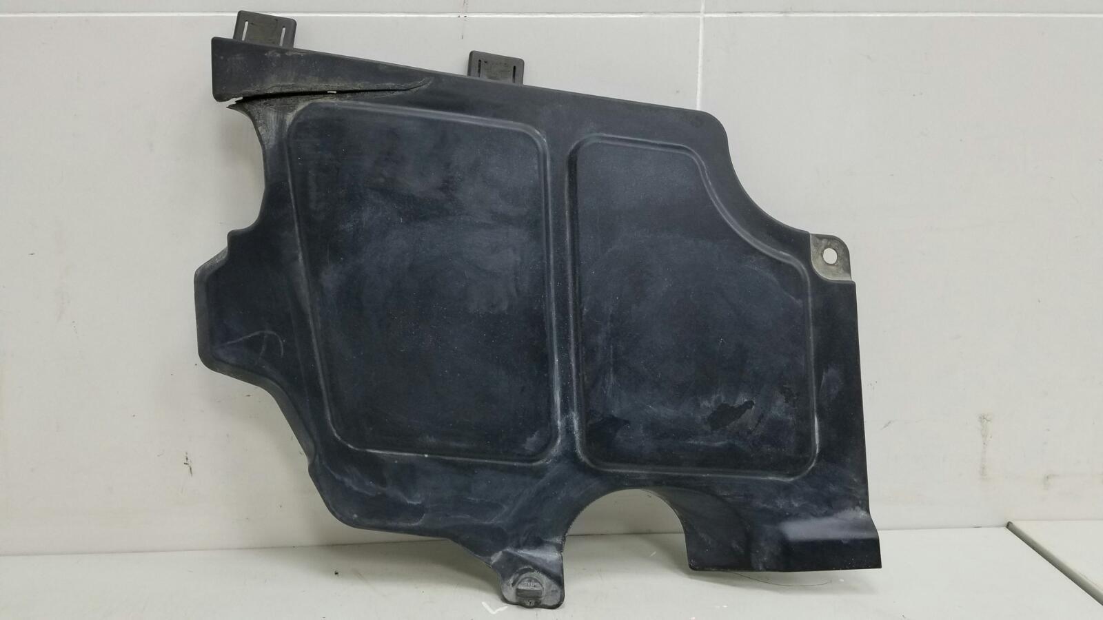 Накладка моторного отсека Bmw 745I E65 N62B44A 4.4Л 2002