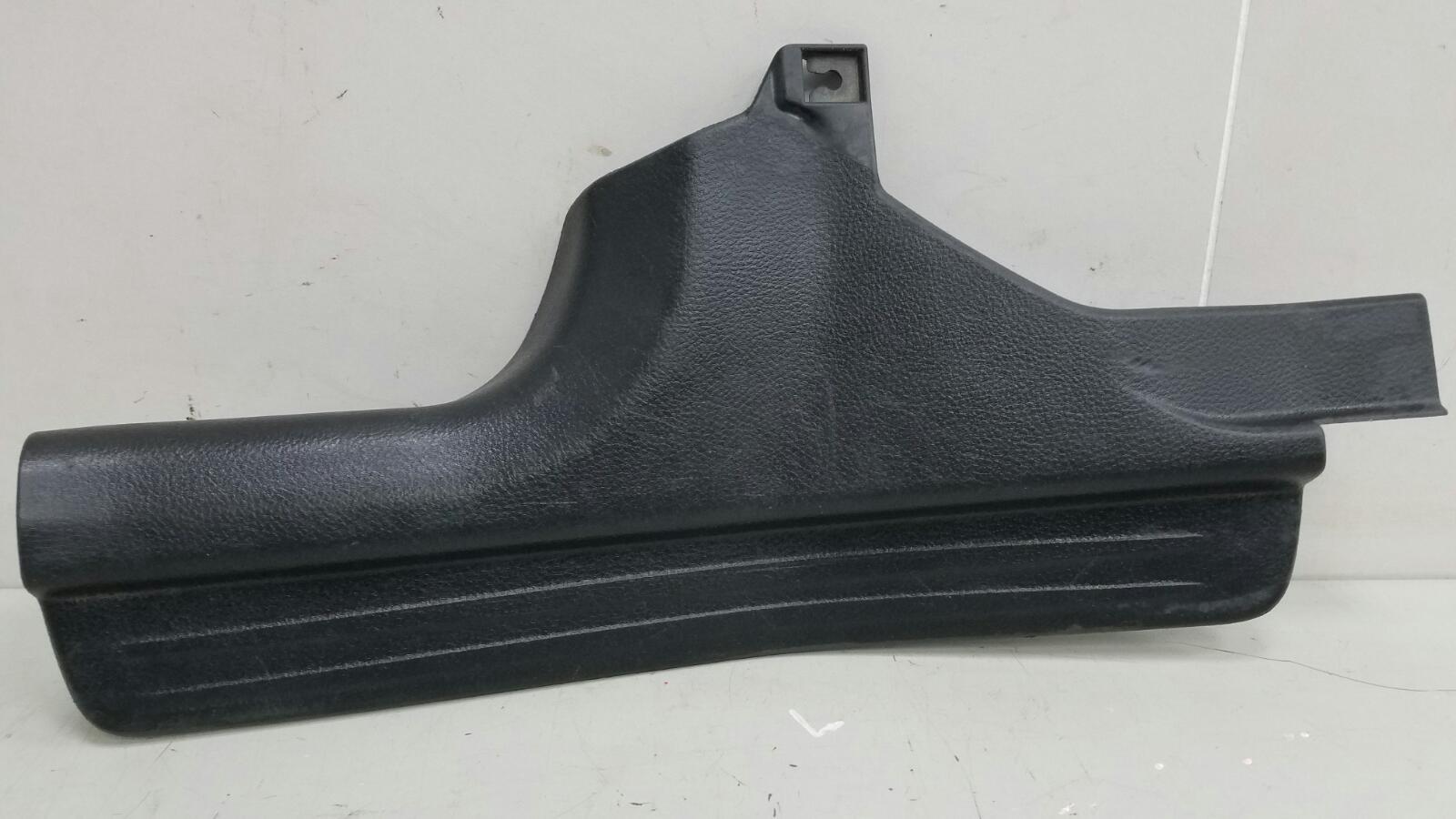 Накладка порога внутренняя Mitsubishi Lanser 9 CSA 4G18 2003 задняя