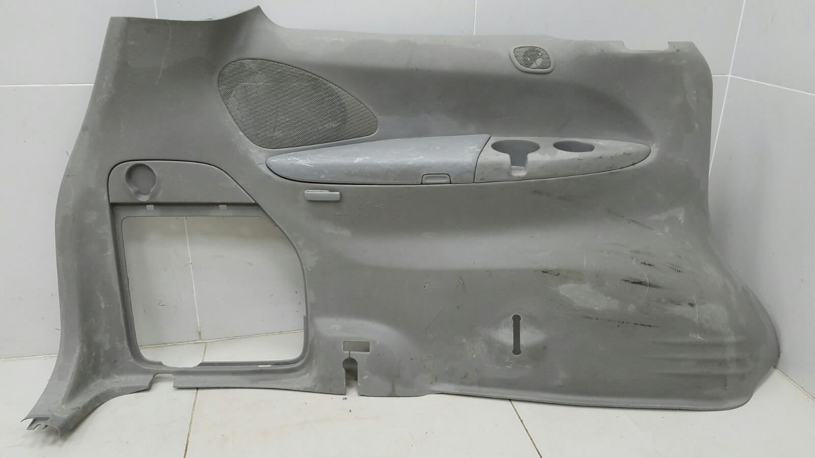 Обшивка багажника Mazda Mpv 2 JP FS 2003 задняя левая