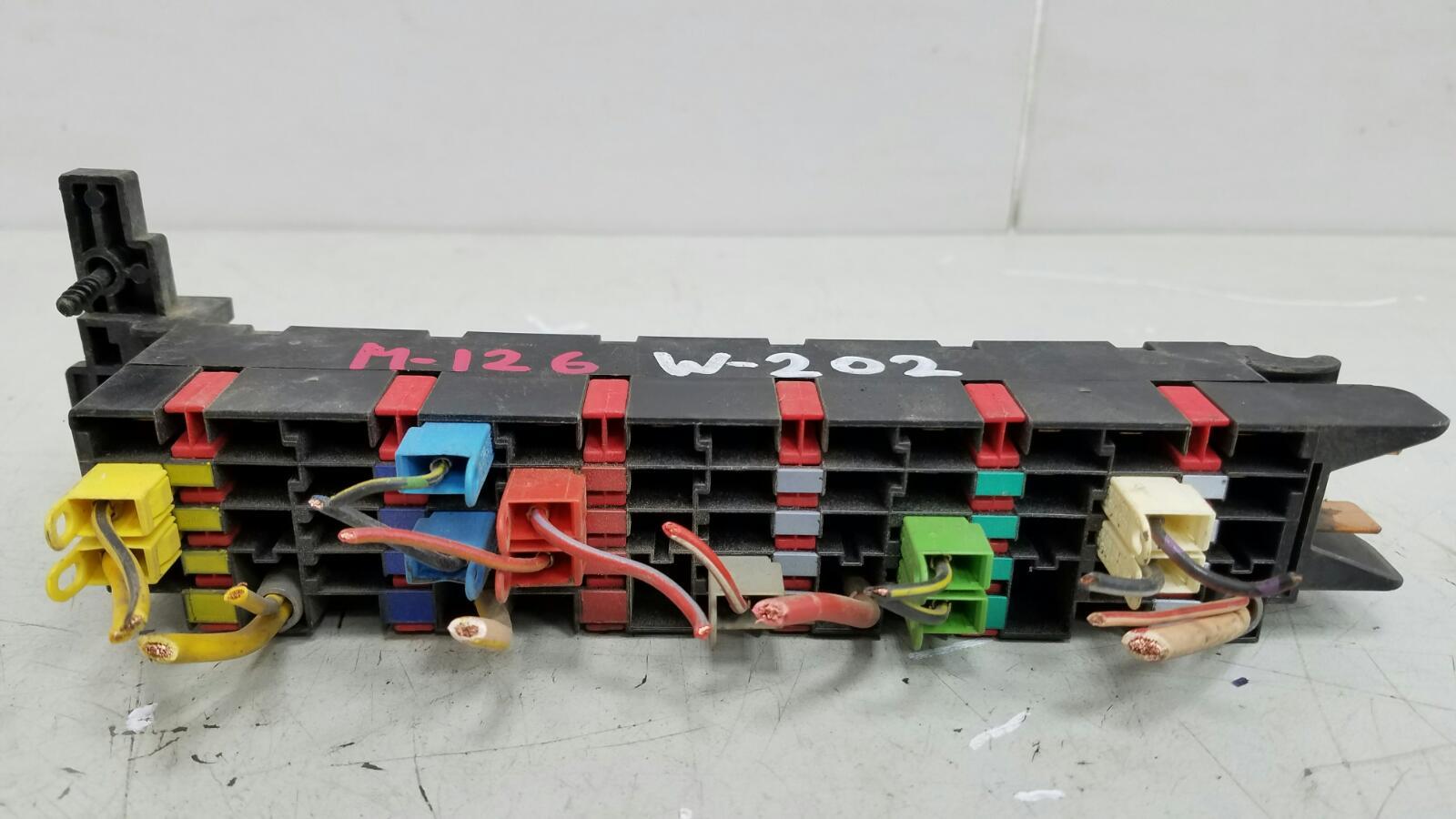 Блок предохранителей Mercedes C180 W202 M111.920 2001