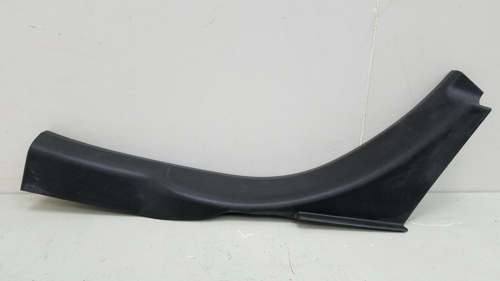 Накладка порога внутренняя Nissan Primera P12 QR20DE 2003