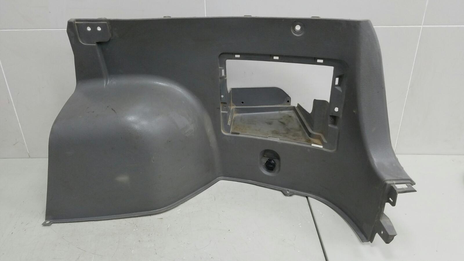 Обшивка багажника Kia Rio 1 DC A5D 1.5Л 2003 задняя правая