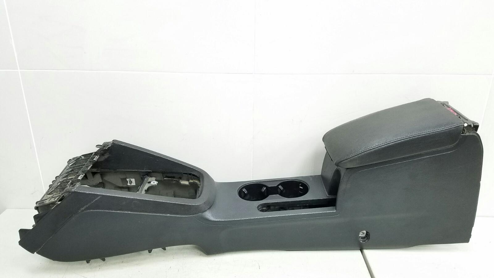 Консоль между сидениями Volkswagen Jetta 6 162 CFNA 2014