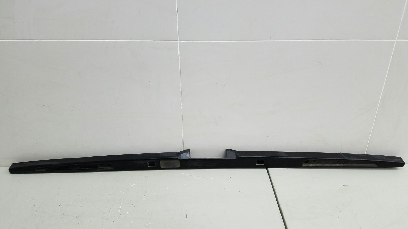 Накладка замка багажника Bmw X5 E53 M62 1999