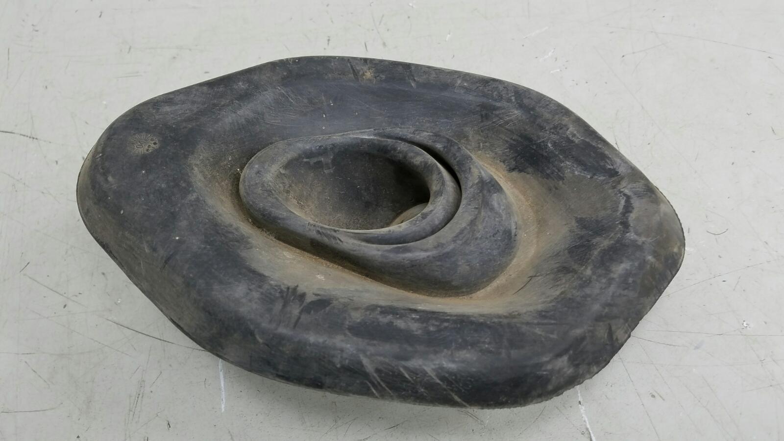 Пыльник рулевой колонки Porshe Cayenne 955 M48.00 2004