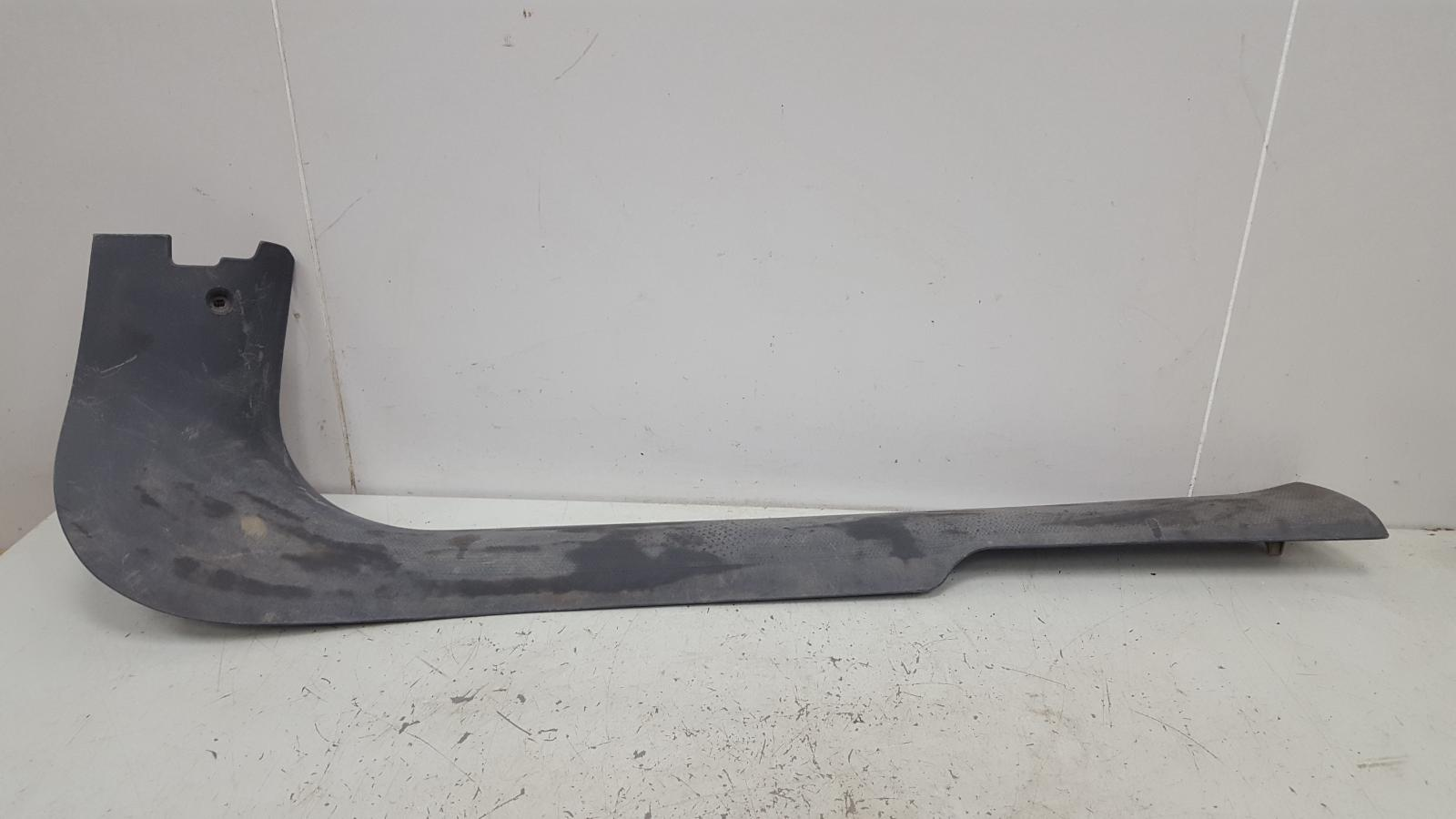 Накладка под лобовое стекло жабо Fiat Marea 185 182 A4.000 1.6Л 1997 передняя правая