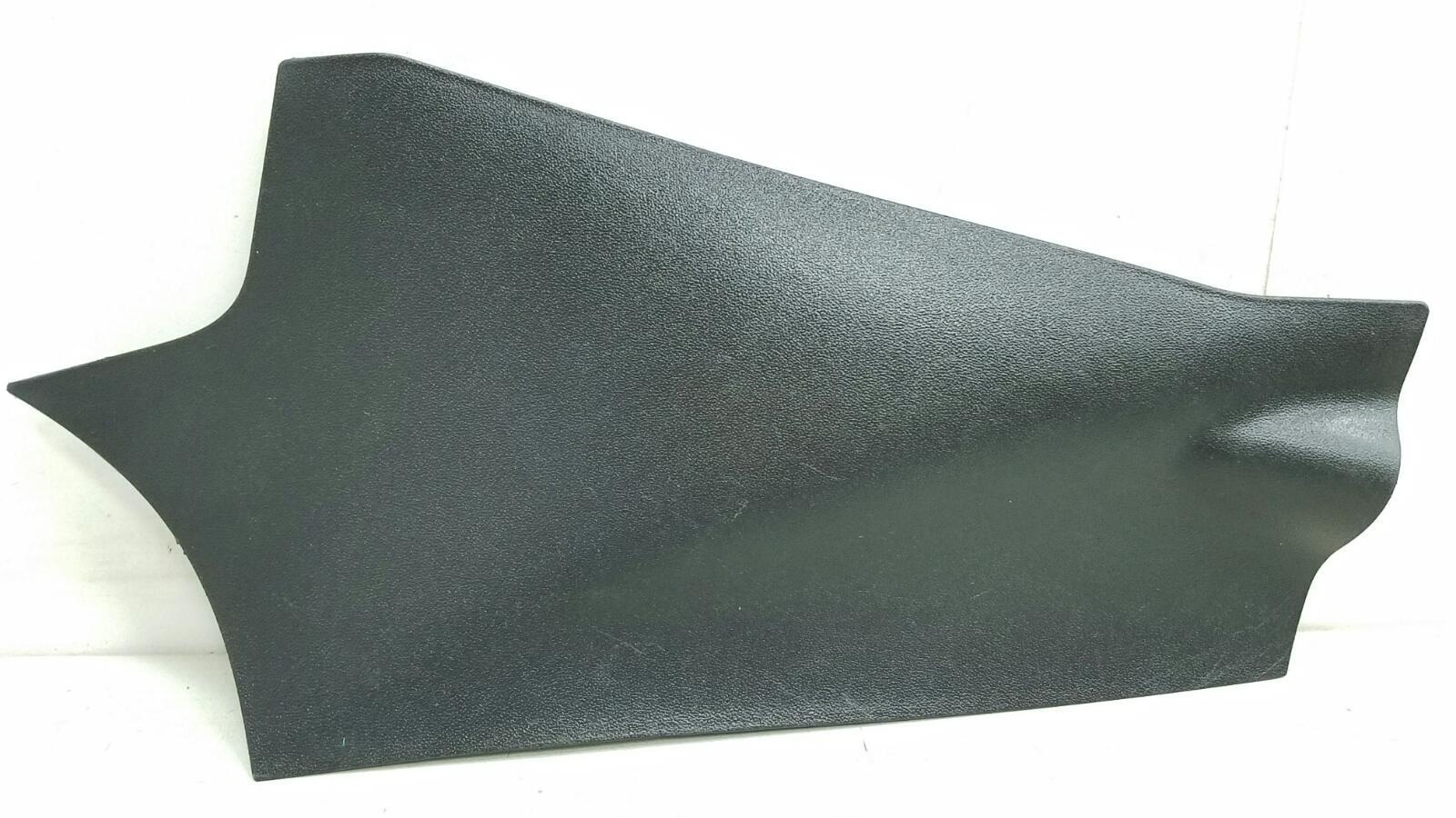 Накладка консоли центральная Kia Ceed ED G4FA 2008 правая