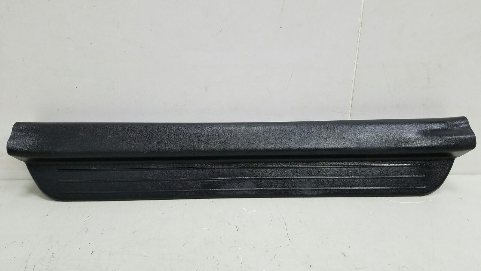 Накладка порога внутренняя Kia Ceed ED G4FA 2008 левая