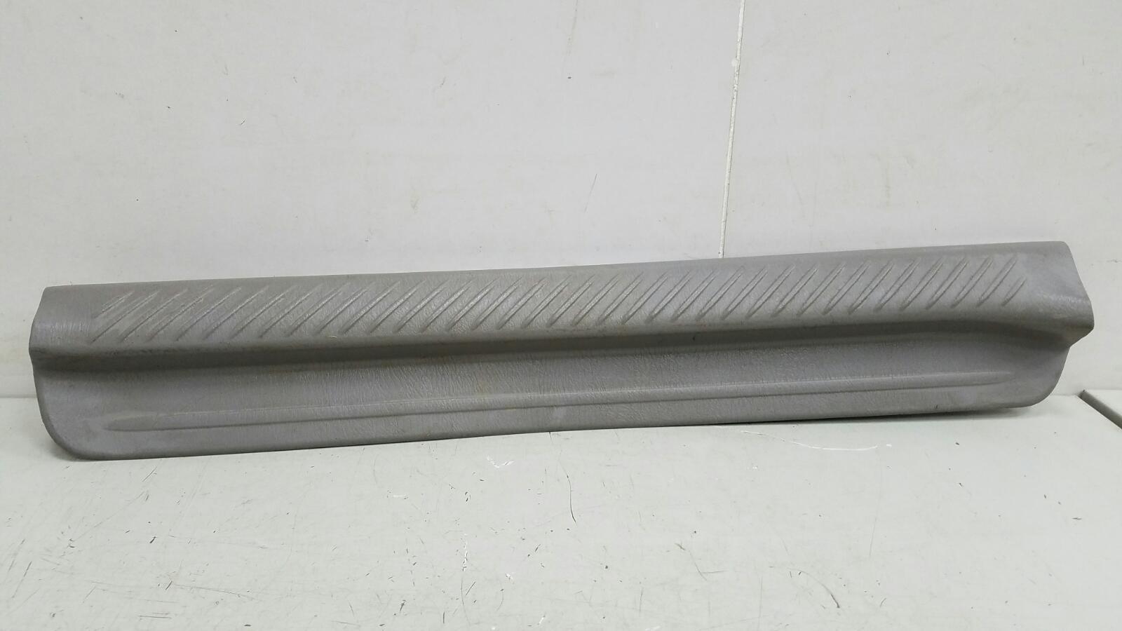 Накладка порога внутренняя Mazda Mpv 2 JP FS 2003 левая