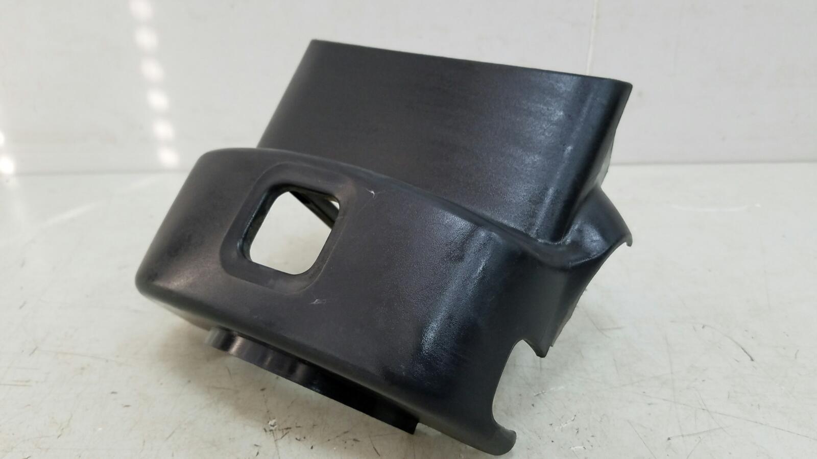 Кожух рулевой колонки Subaru Impreza GC EJ16E 1998