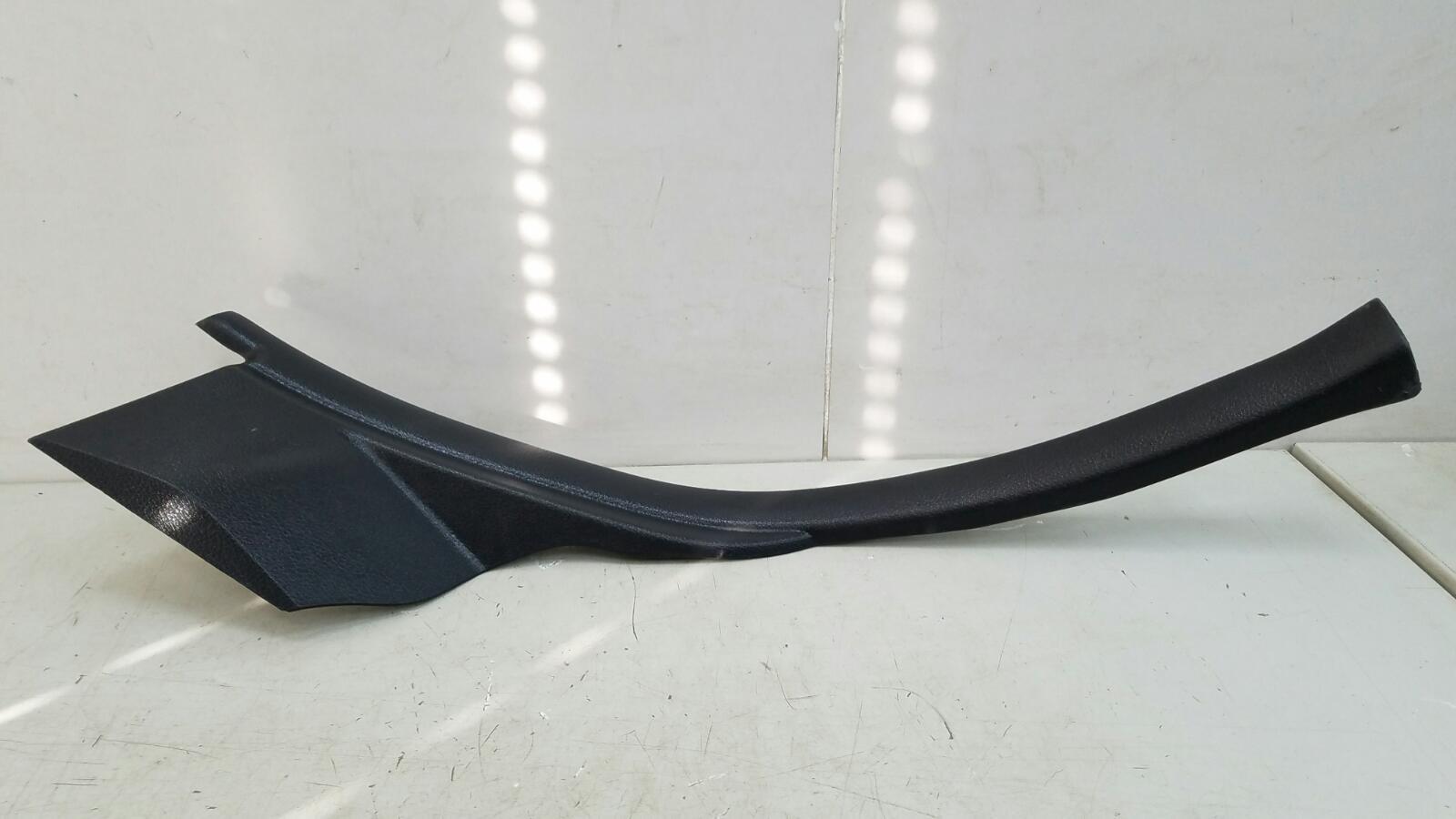 Накладка порога внутренняя Nissan Tiida C11X HR16DE 2008 задняя левая