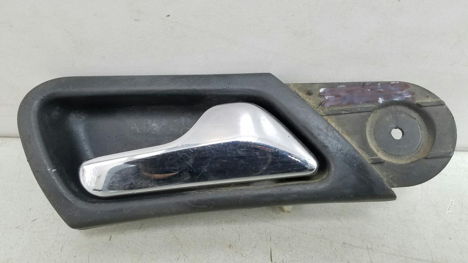 Ручка двери внутренняя Mercedes C320 W203 M112.946 2000г передняя правая