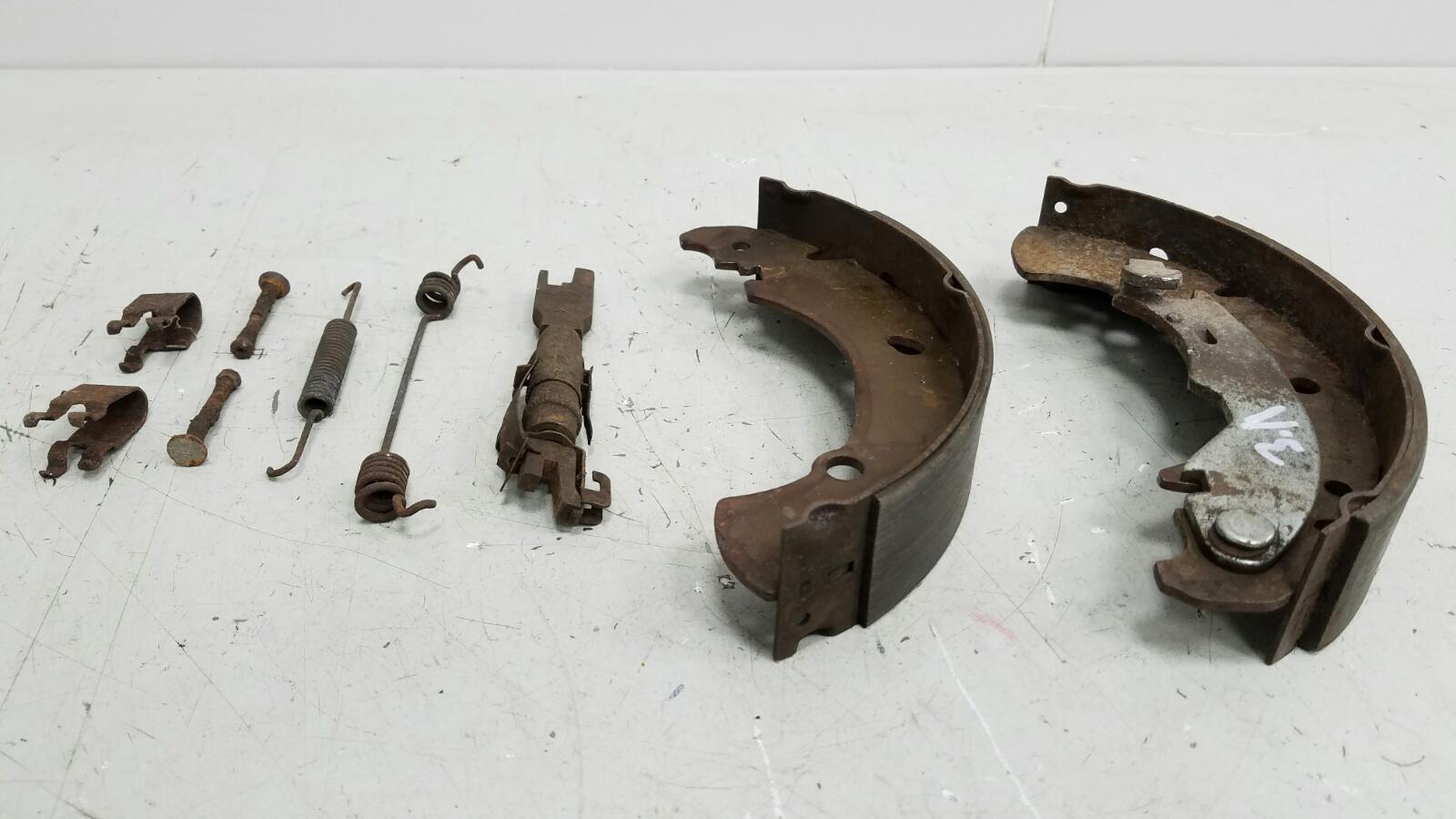 Механизм развода колодок ручника Fiat Marea 185 182 A4.000 1.6Л 1997 задний