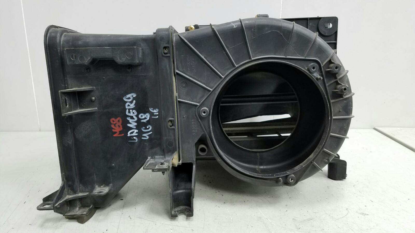 Корпус печки Mitsubishi Lanser 9 CSA 4G18 2003