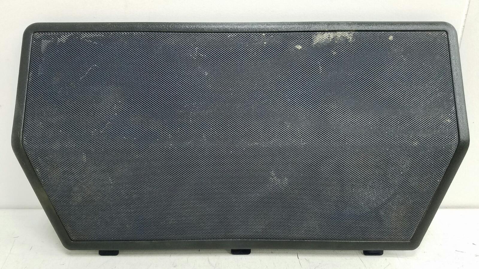 Крышка динамика сетка Mercedes C180 W202 M111.920 1996