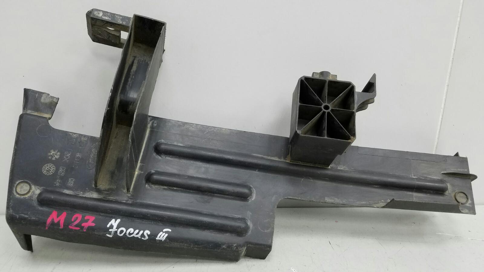 Дефлектор радиатора Ford Focus 3 BK PNDA 2013