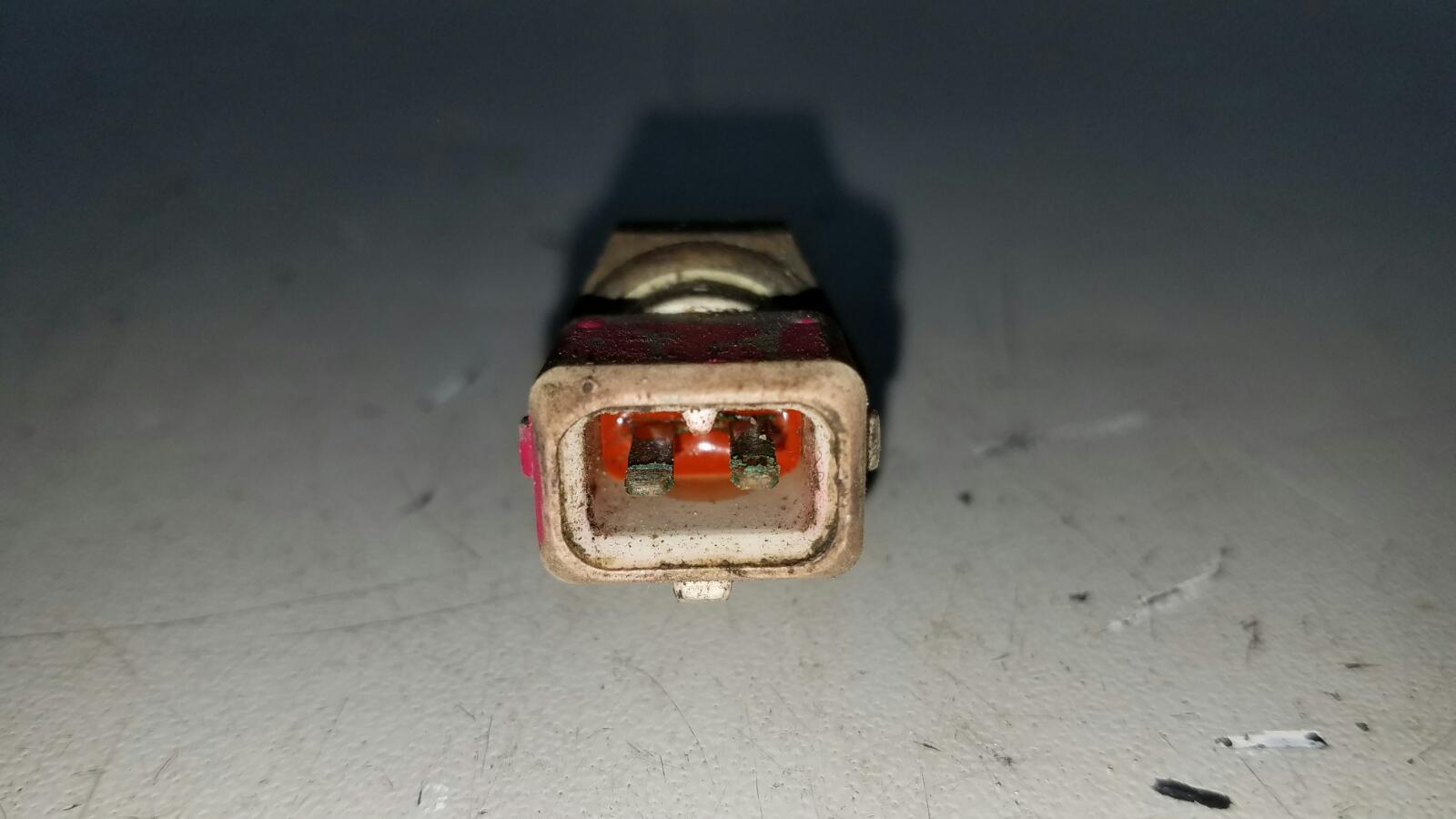 Датчик температуры Audi 80 B3 YN 1.8Л 1990