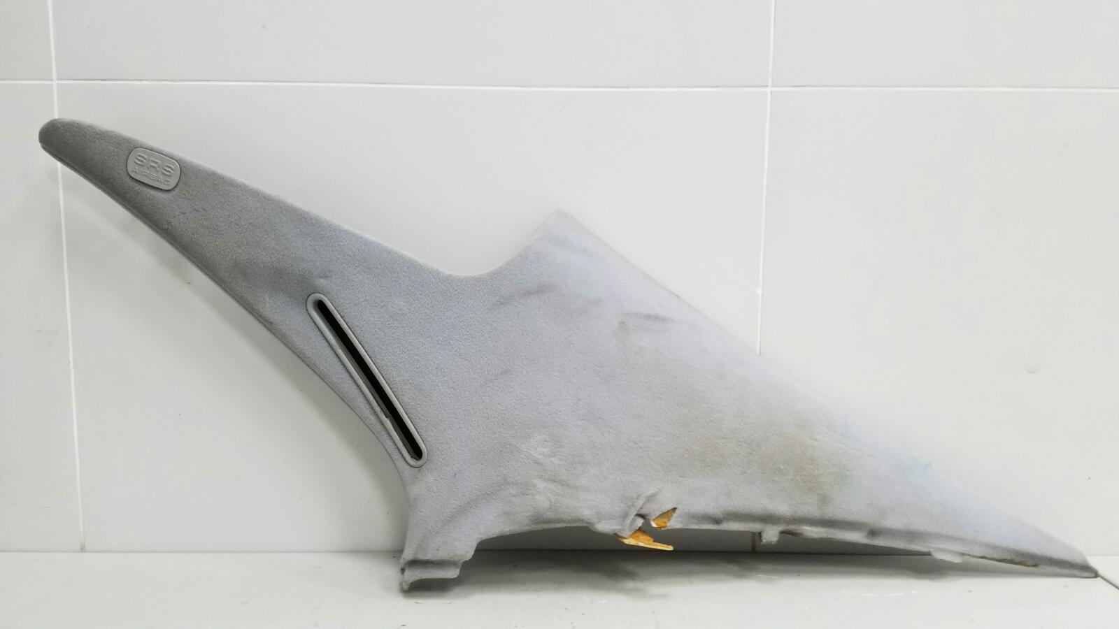 Обшивка стойки Mercedes S430 W220 M113.941 4.3Л 1999г задняя правая