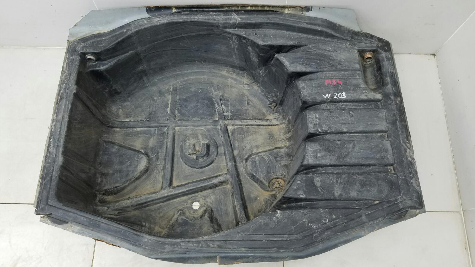 Днище запаски Mercedes C230 Kompressor W203 M271.948 2003