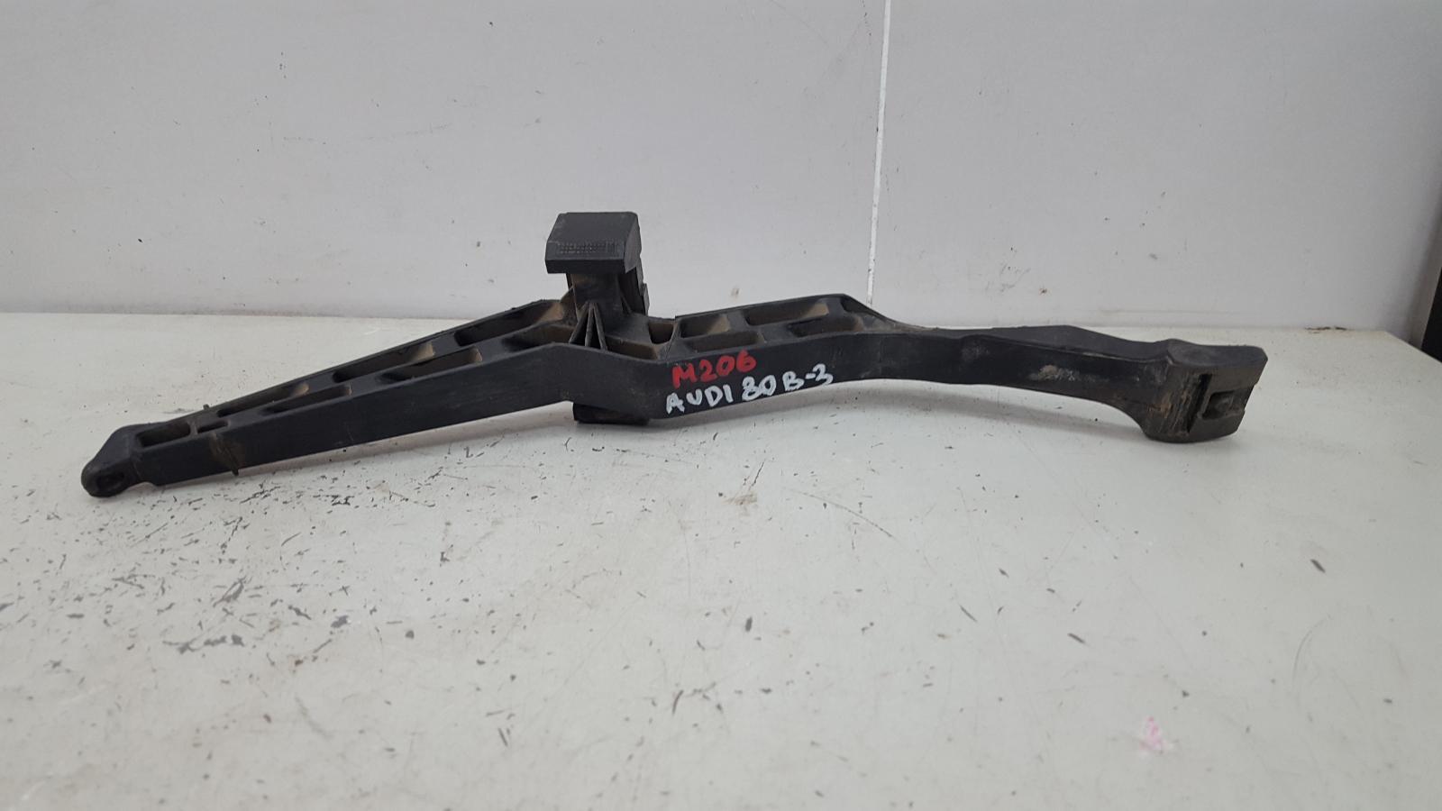 Педаль газа Audi 80 B3 YN 1.8Л 1990