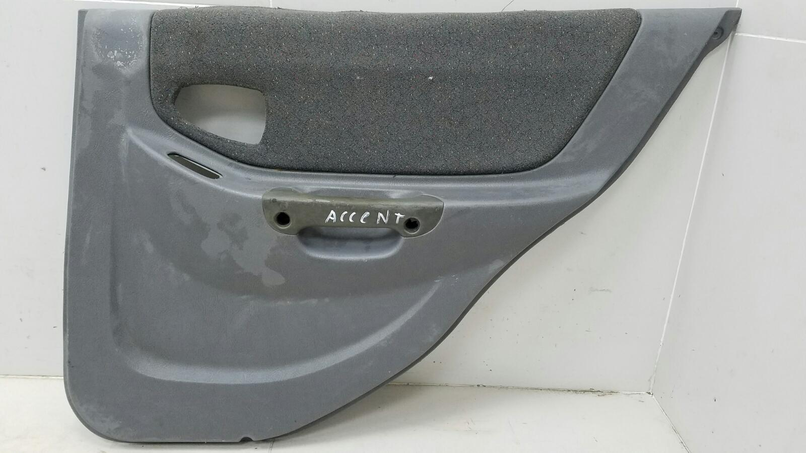 Обшивка карта двери Hyundai Accent LC G4EC 2006 задняя правая