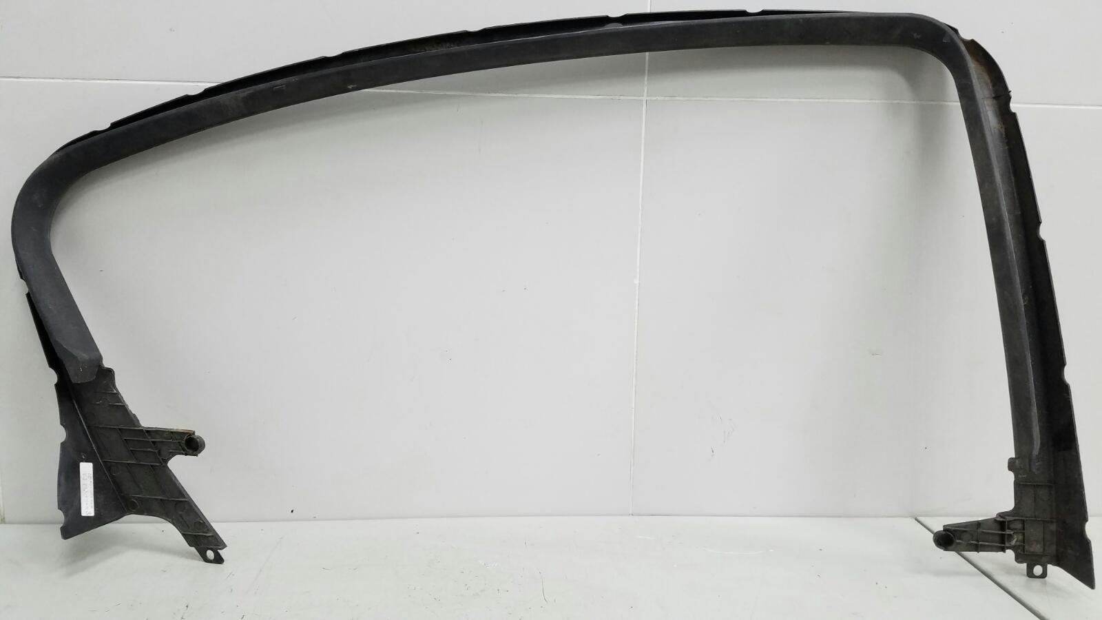 Накладка рамки стекла двери внутренняя Chevrolet Cruze J300 F16D3 2012 задняя правая