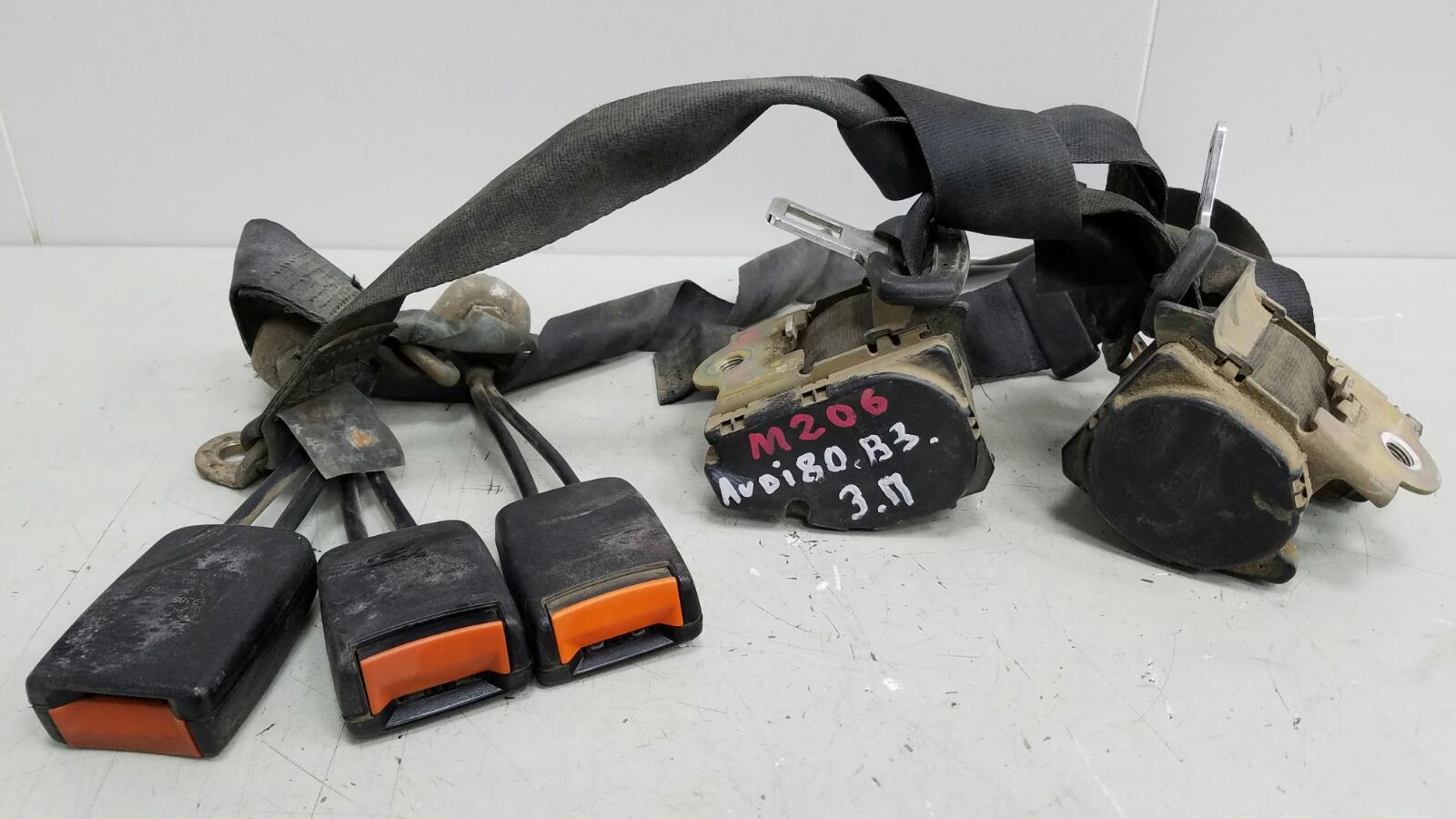 Комплект ремней безопастности Audi 80 B3 YN 1.8Л 1990 задний