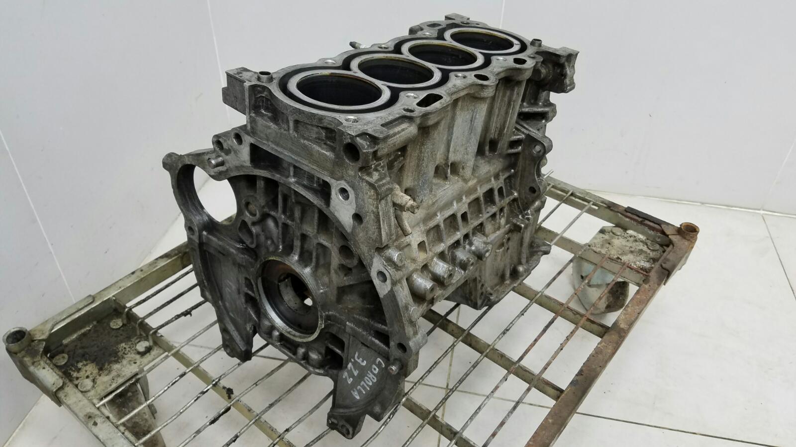 Блок двигателя двс Toyota Corolla E120 3ZZ