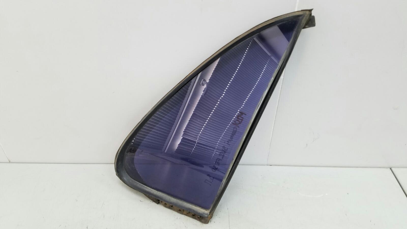 Стекло двери Toyota Camry SXV10 3VZFE 3.0Л 1992 заднее правое