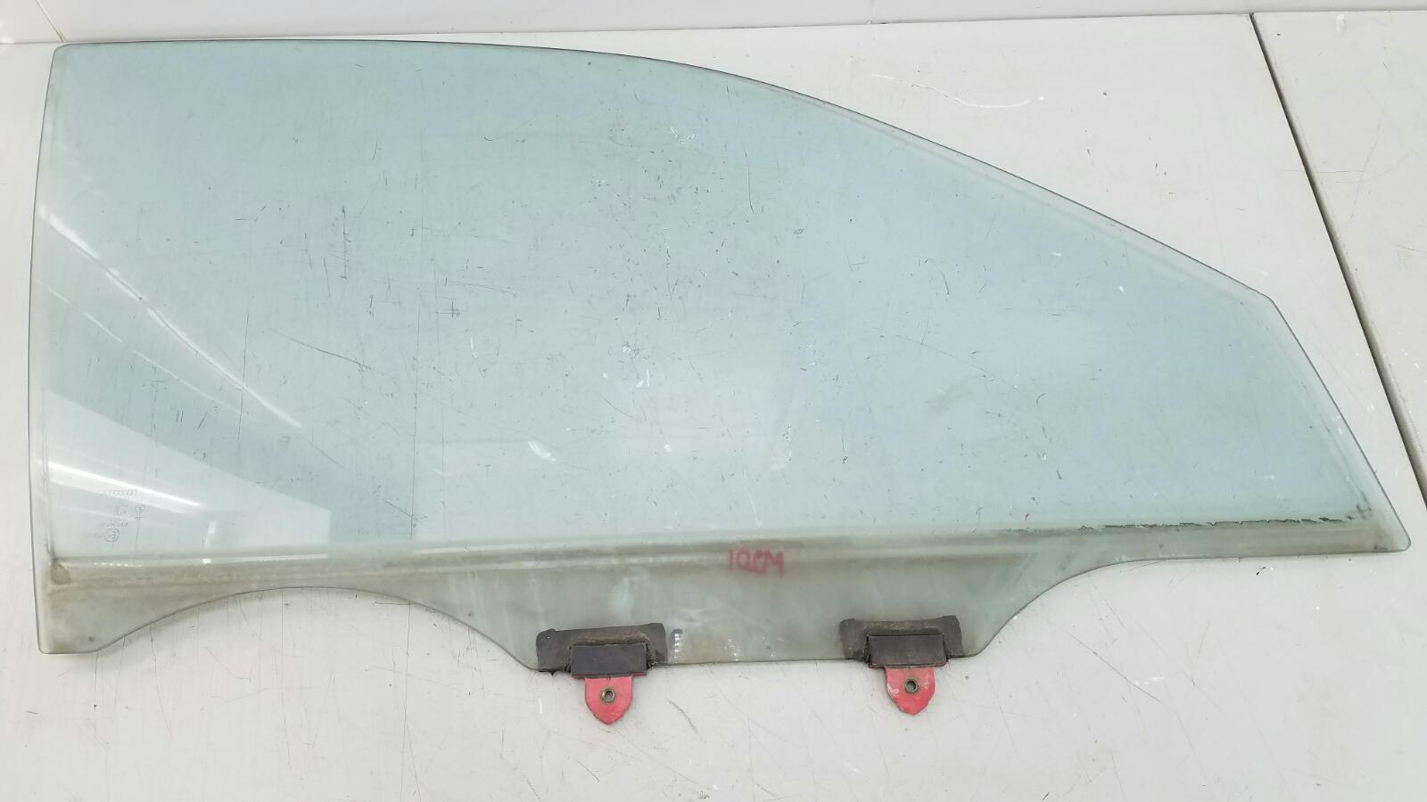 Стекло двери Toyota Camry SXV10 3VZFE 3.0Л 1992 переднее правое