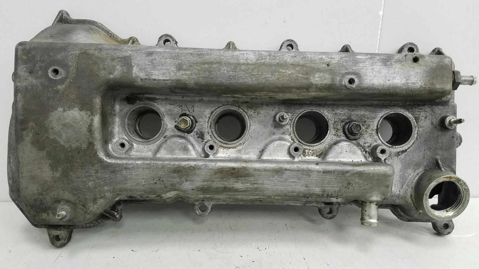 Крышка клапанная головки блока цилиндров гбц Toyota Corolla E120 3ZZ
