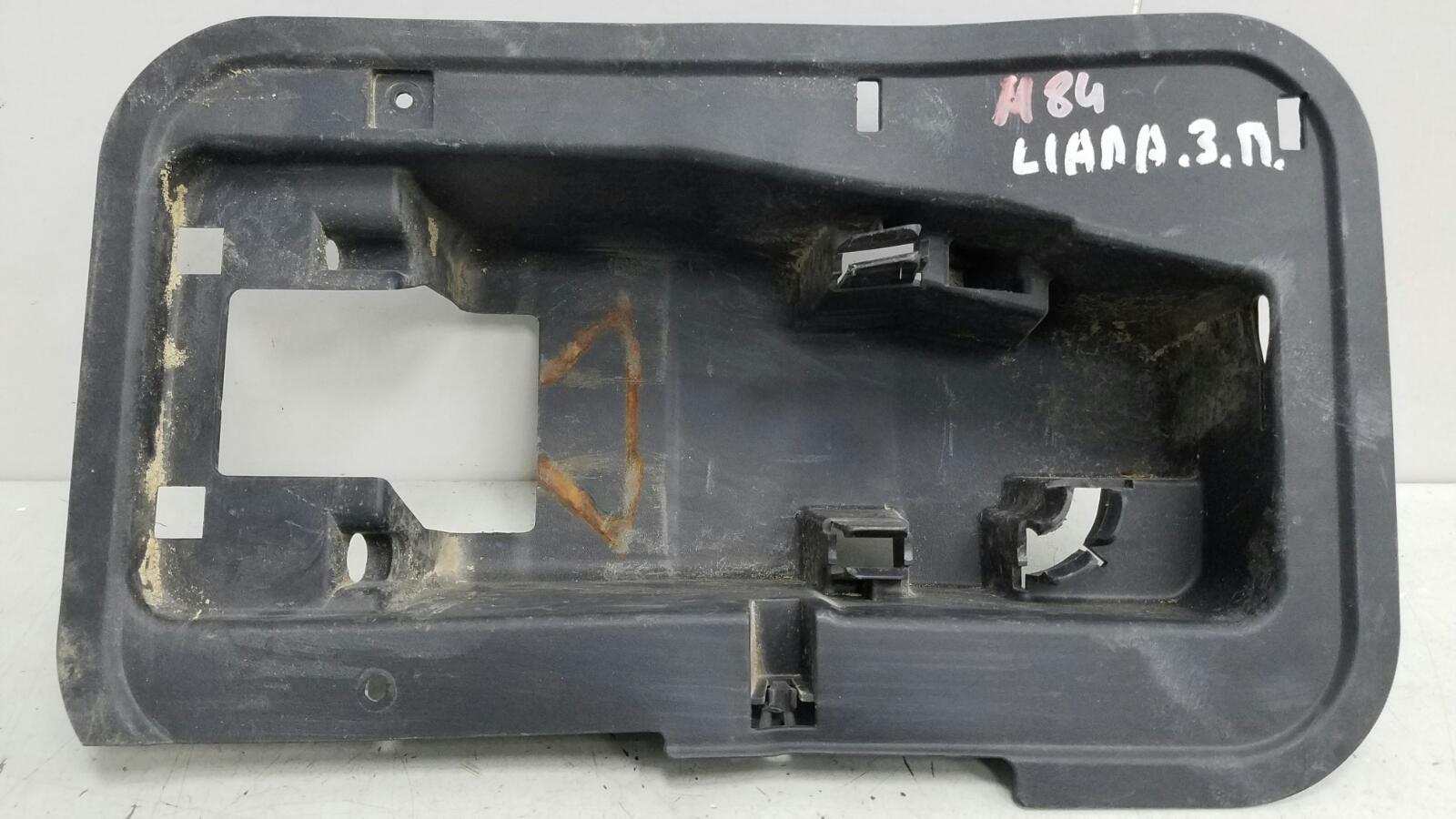 Ящик инструментальный Suzuki Liana ER M16A 2007