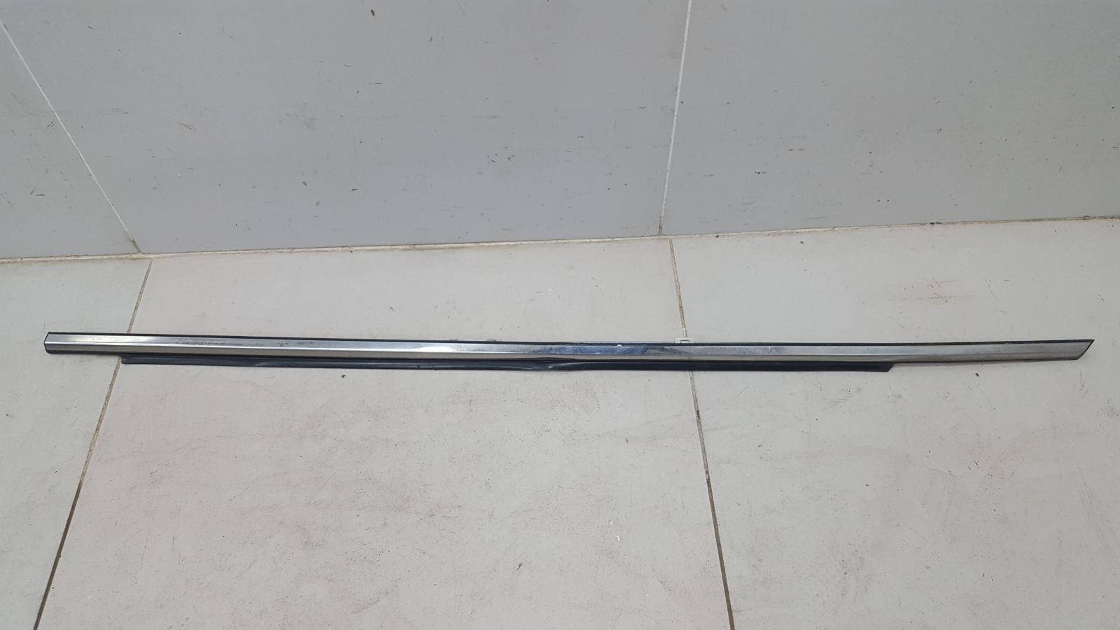 Уплотнитель стекла двери наружний Toyota Camry V30 2AZ-FE 2003