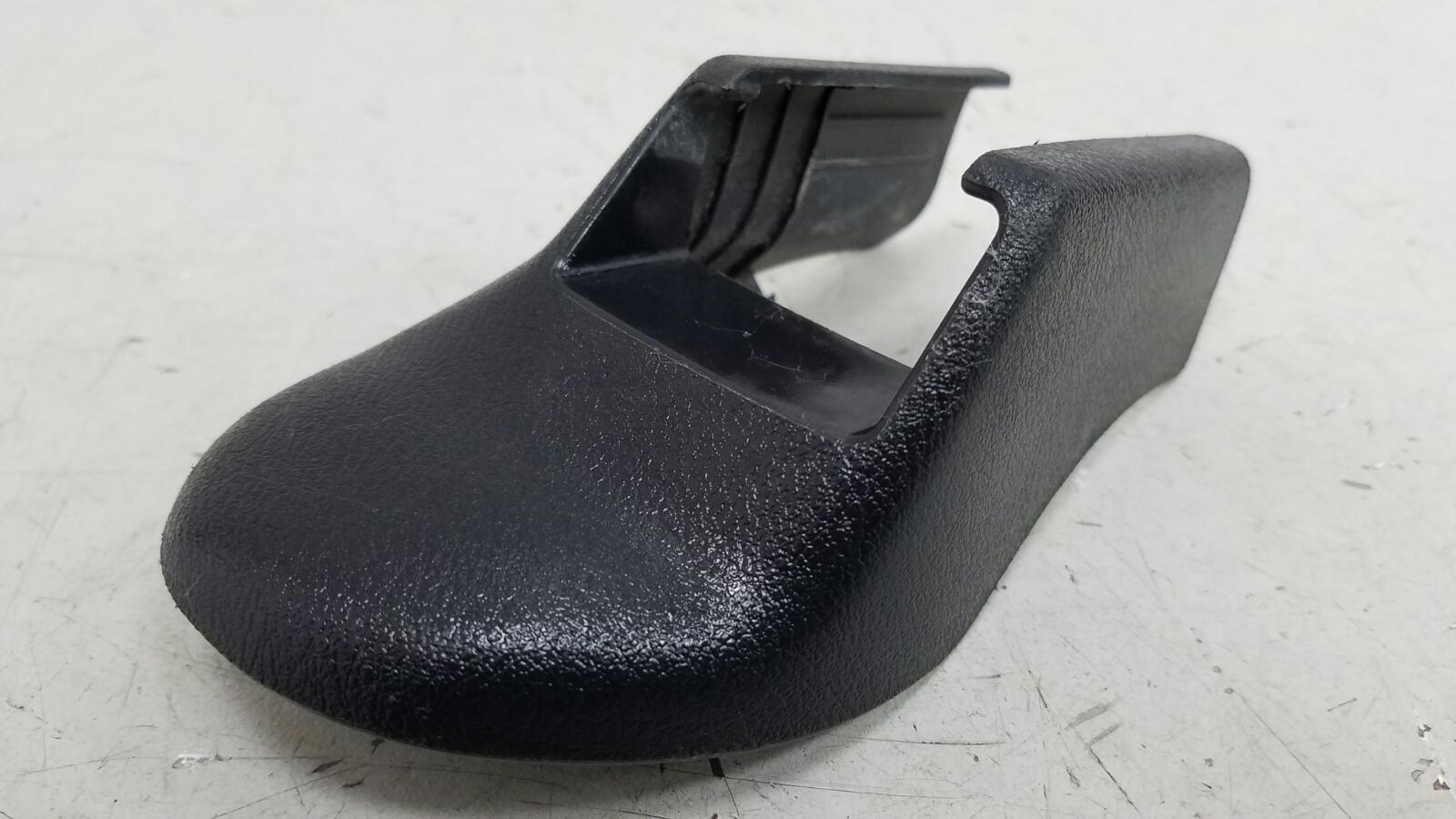 Накладка салазок сиденья Honda Accord 7 CL7 K20A6 2007