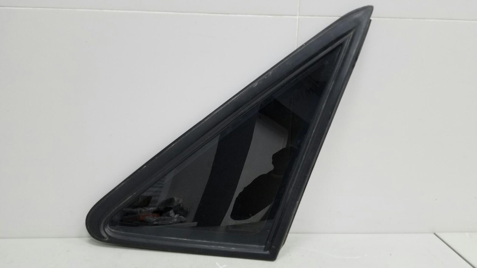 Стекло кузовное глухое Daewoo Nexia N150 F16D3 1.6L 2012г заднее левое