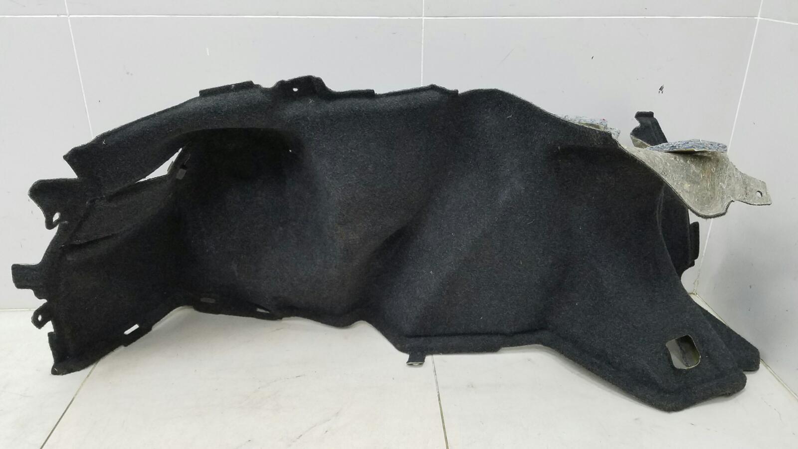 Обшивка багажника Toyota Avensis 2 T250 1ZZ-FE 1.8Л 2008 задняя левая