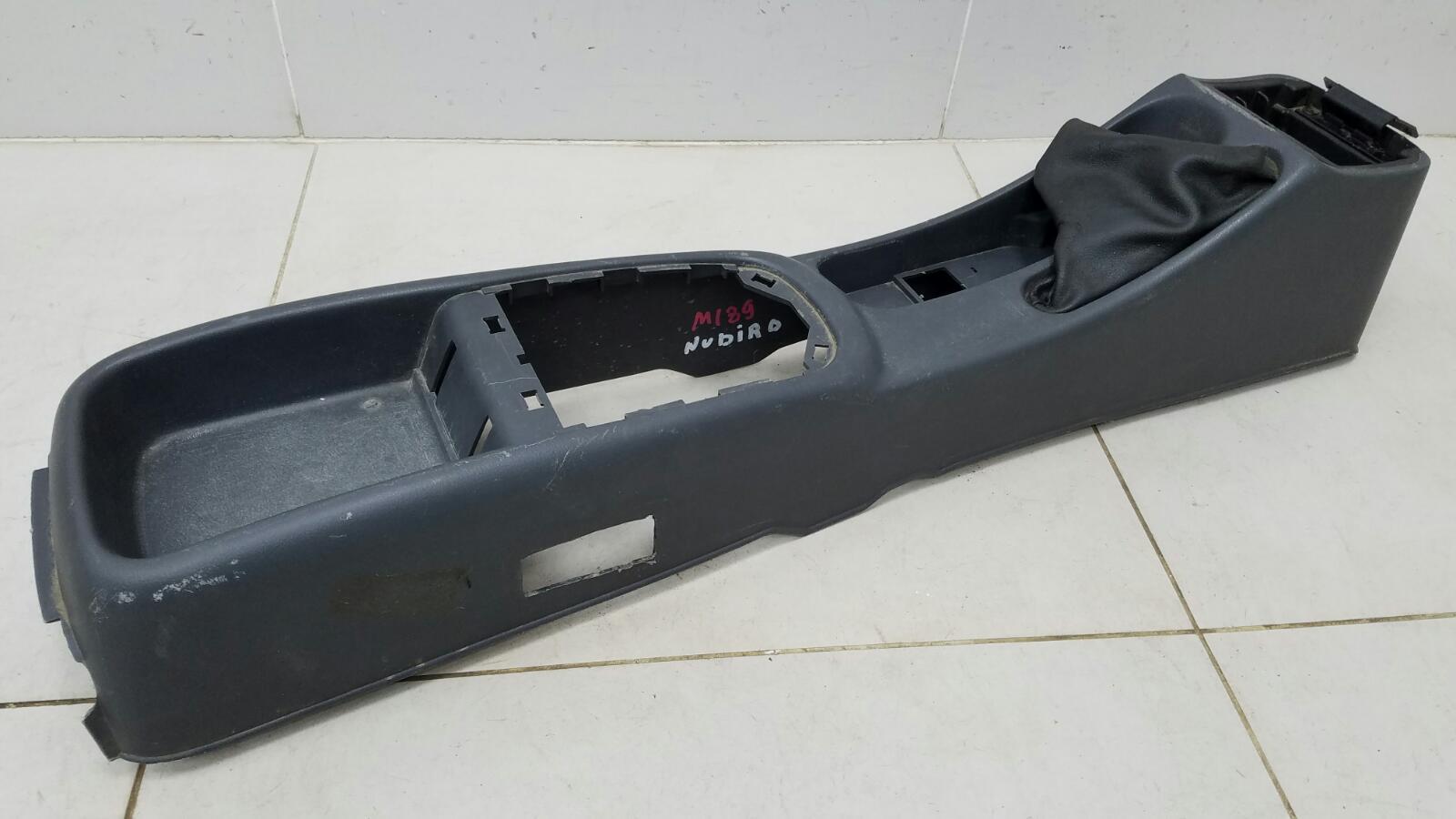 Консоль между сидениями Daewoo Nubiro KLAJ X20SED 2.0Л 1999