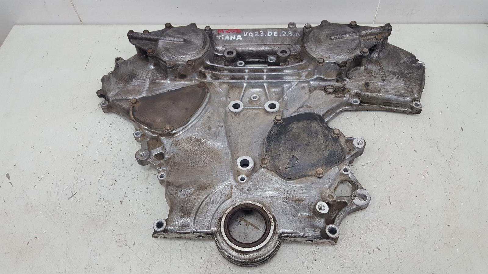 Крышка двигателя Nissan Teana J31 VQ23DE 2.3Л 2004 передняя