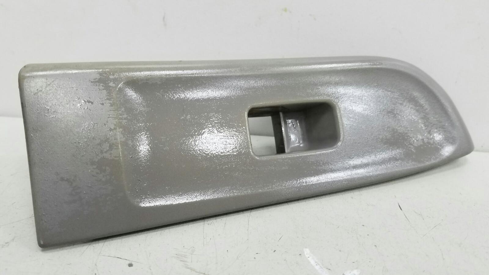 Накладка ручки двери внутренней Subaru Impreza GC EJ16E 1998