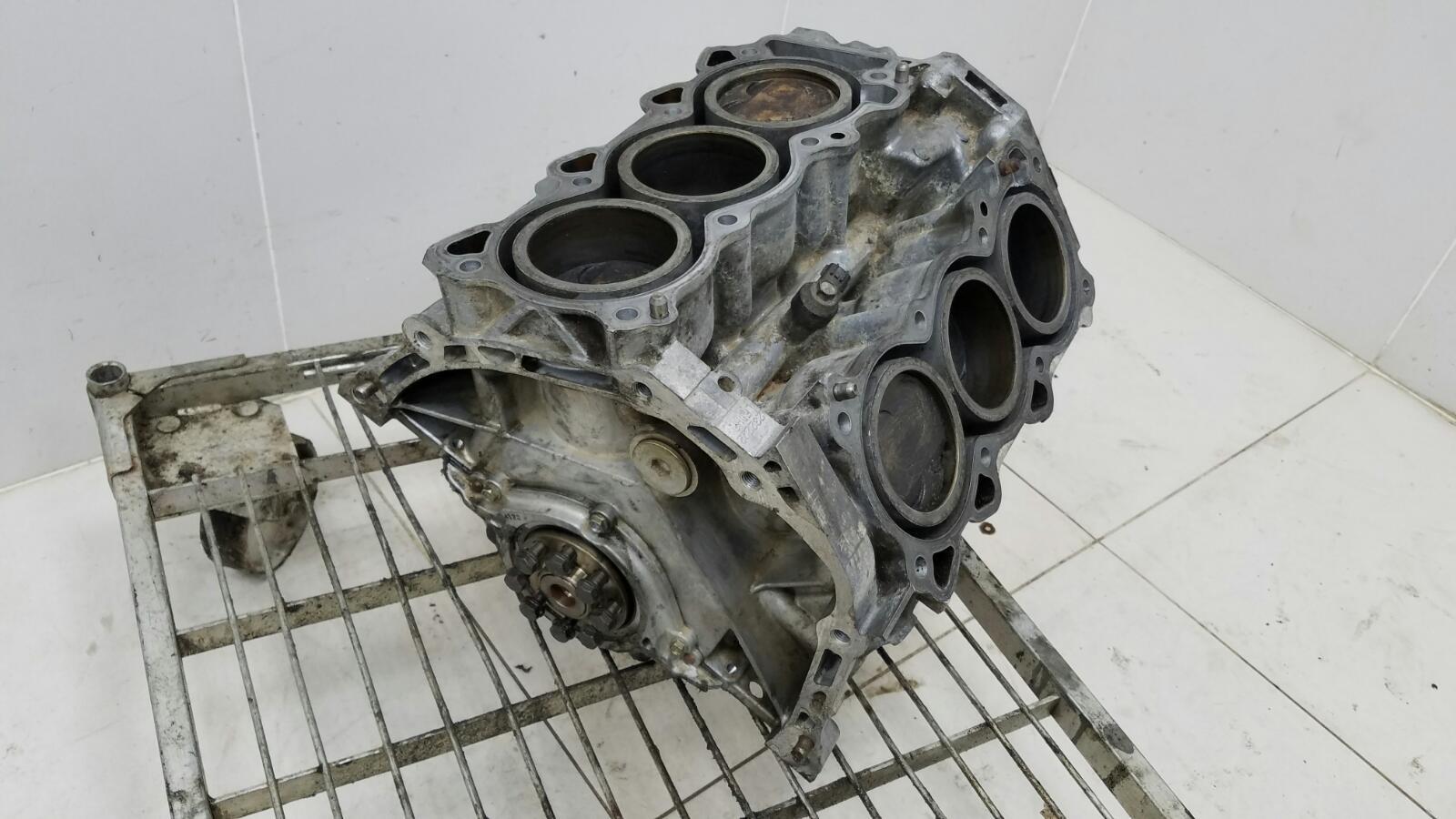 Блок цилиндров Nissan Teana J31 VQ23DE 2.3Л 2004