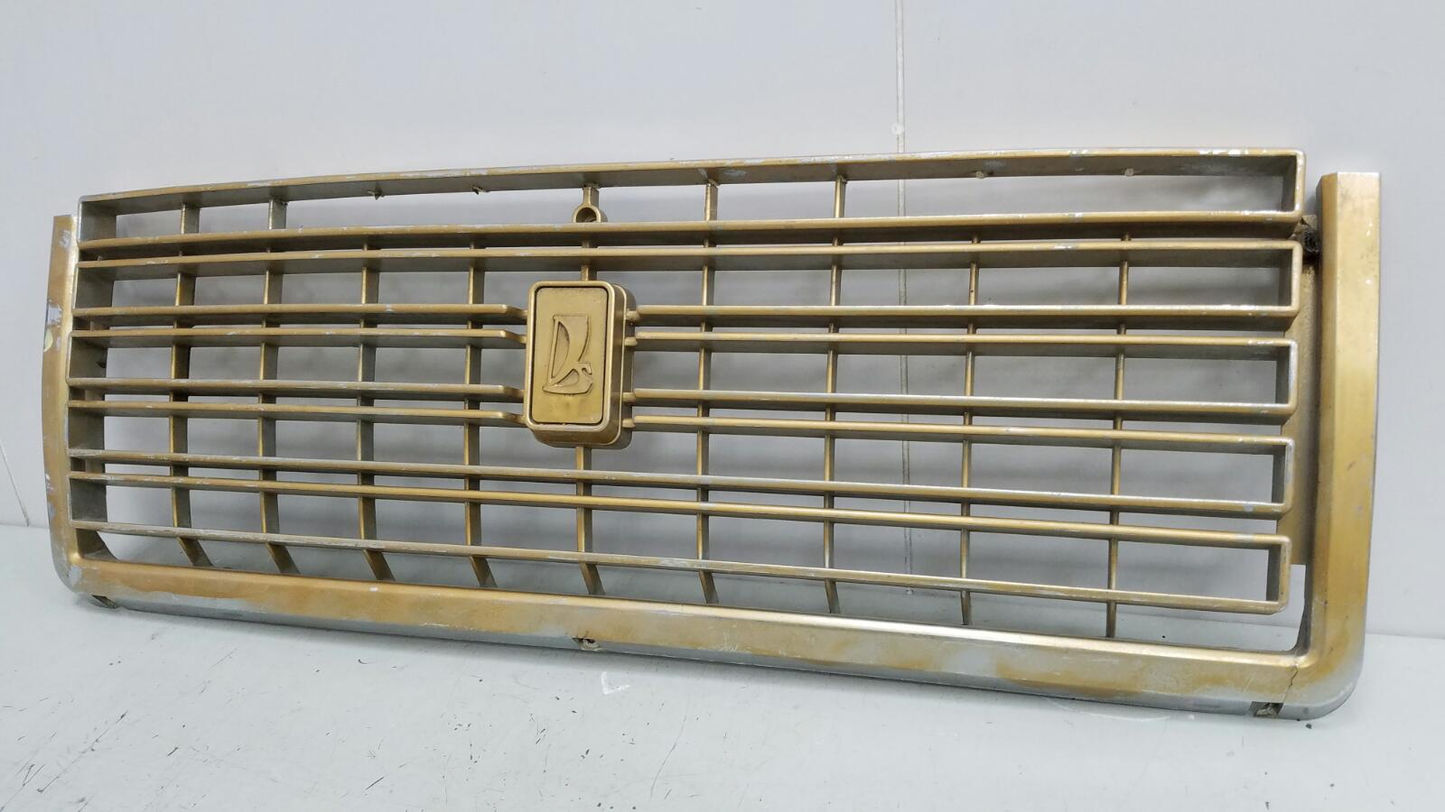 Решетка радиатора Ваз Жигули Лада 2107 ИНЖЕКТОР 1.6Л 2008