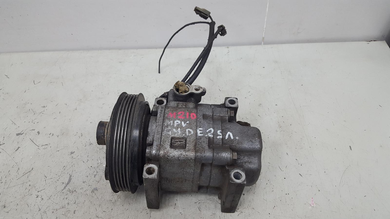Компрессор кондиционера Mazda Mpv 2 LW GYDE 2.5Л 2001