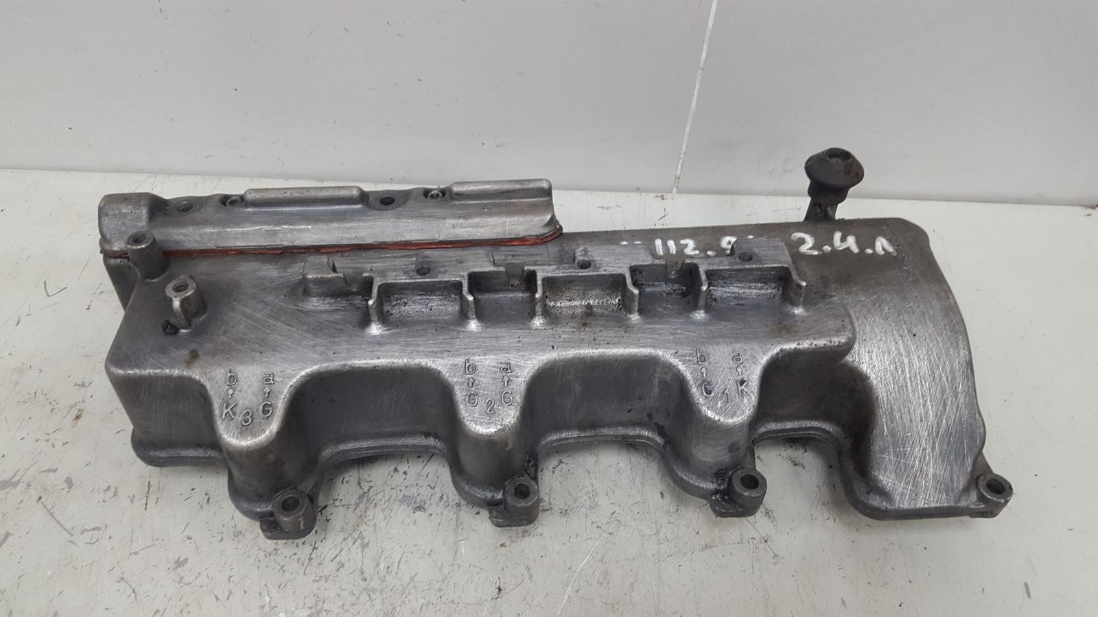 Крышка клапанная головки блока цилиндров гбц Mercedes E240 W210 M112.911 2.4Л 1995 правая