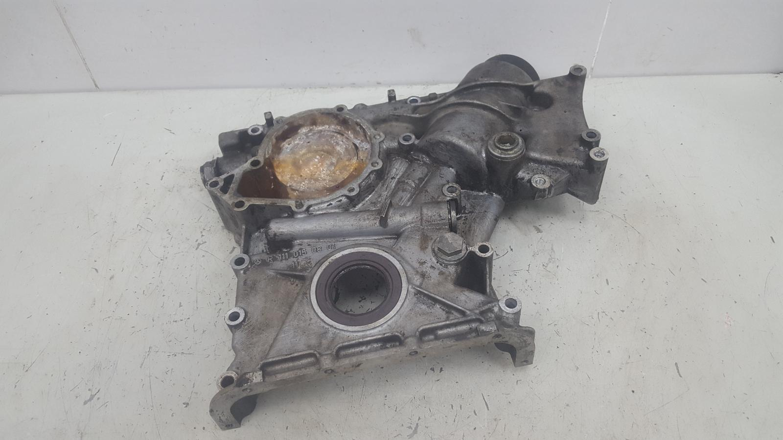 Крышка двигателя двс Mercedes E230 W210 M111.970 1996г передняя