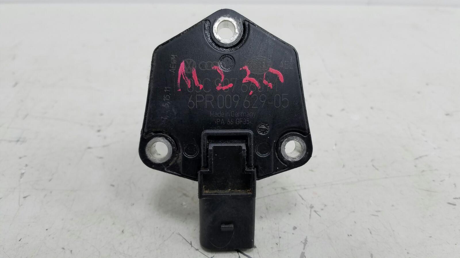 Датчик уровня масла Skoda Octavia 1Z5 TFSI 2010